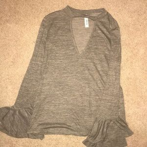 Jolie vneck Long Sleeve